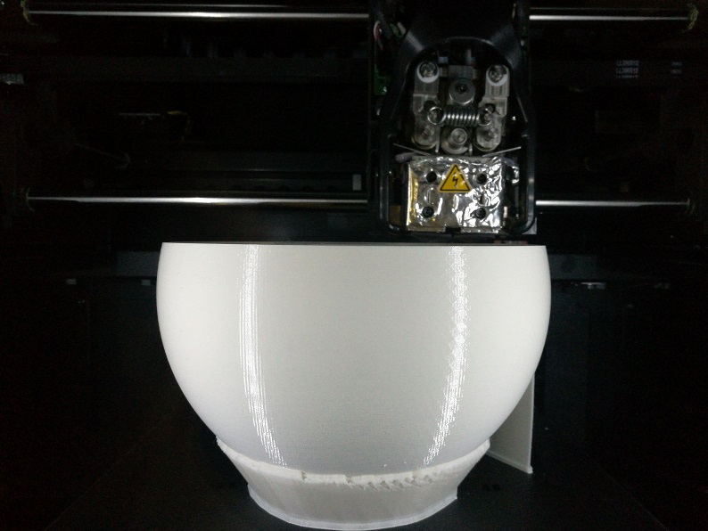 Fertigung mittels FDM-3D-Drucker von Stratasys aus ABS-Kunststoff